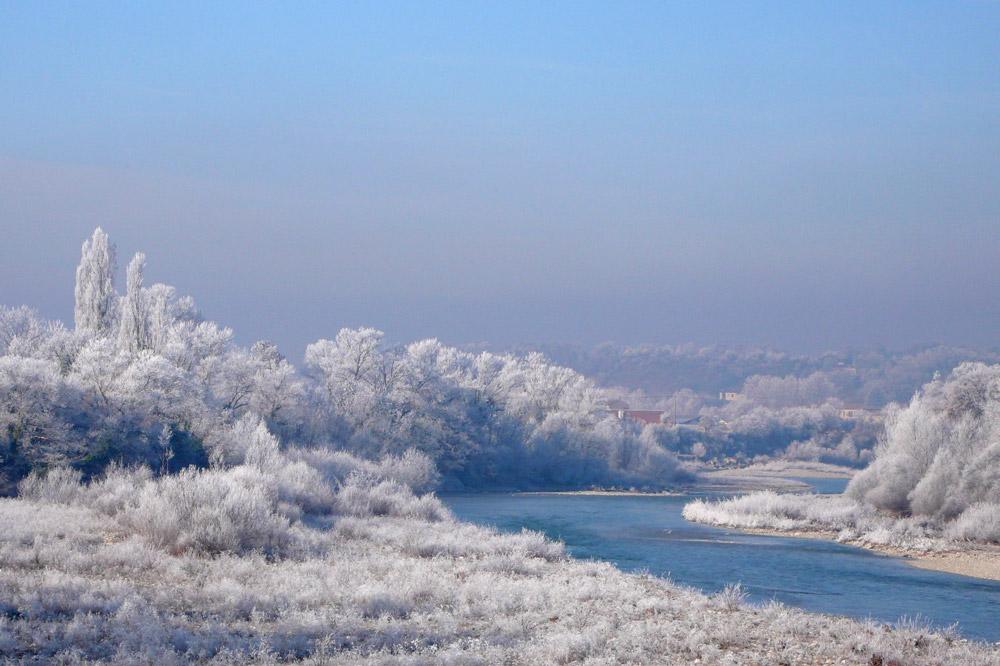 Photographie de la rivière Drôme en hiver