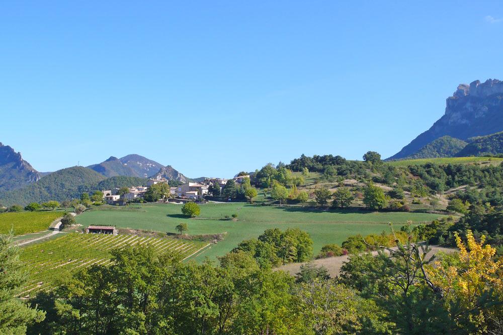 Photo du village de Saint Sauveur en Diois