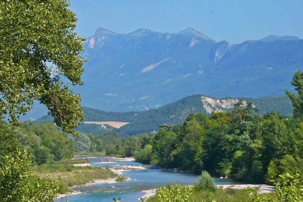 Photographie d'une rivière du sud de la France
