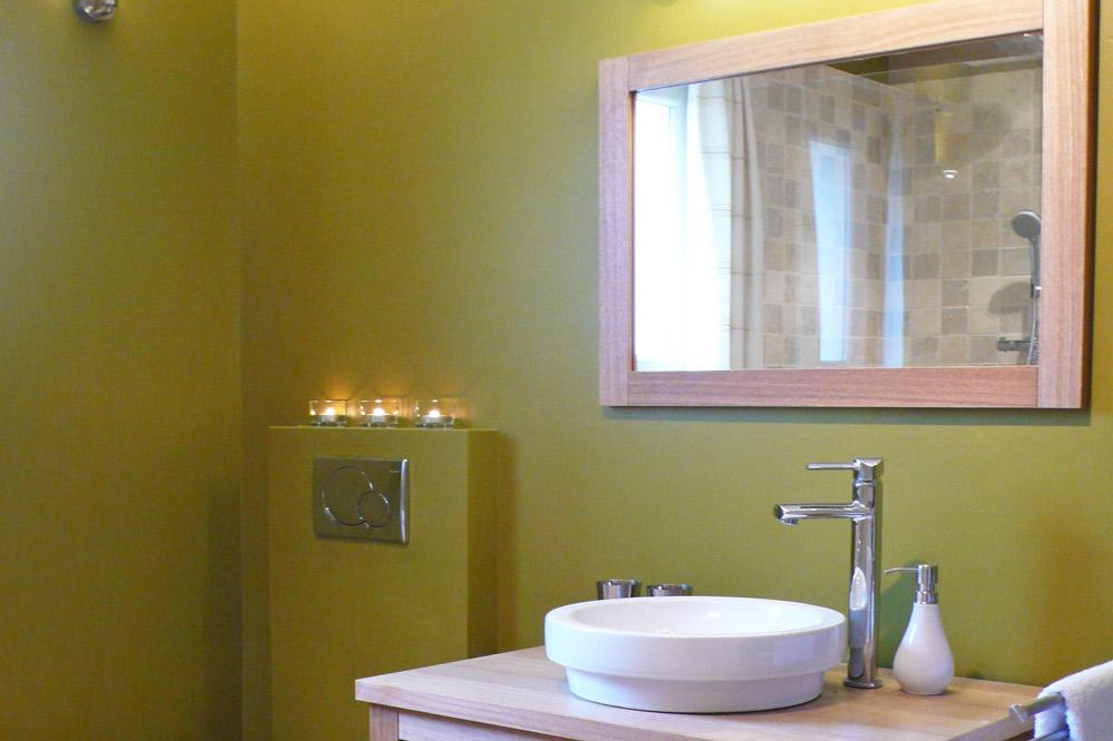 Photo de la salle de bain d'un gite de style provençal
