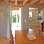 Photographie d'une salle à manger d'un gîte de style provençal