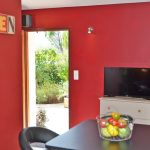 Photo de la pièce de séjour d'un hébergement touristique entre Vercors et Provence